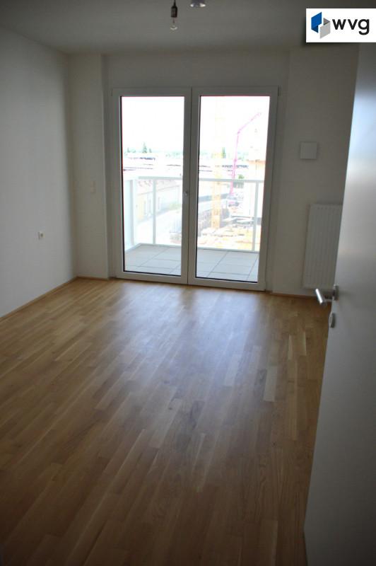 Schlafzimmer 1 mit Westbalkon