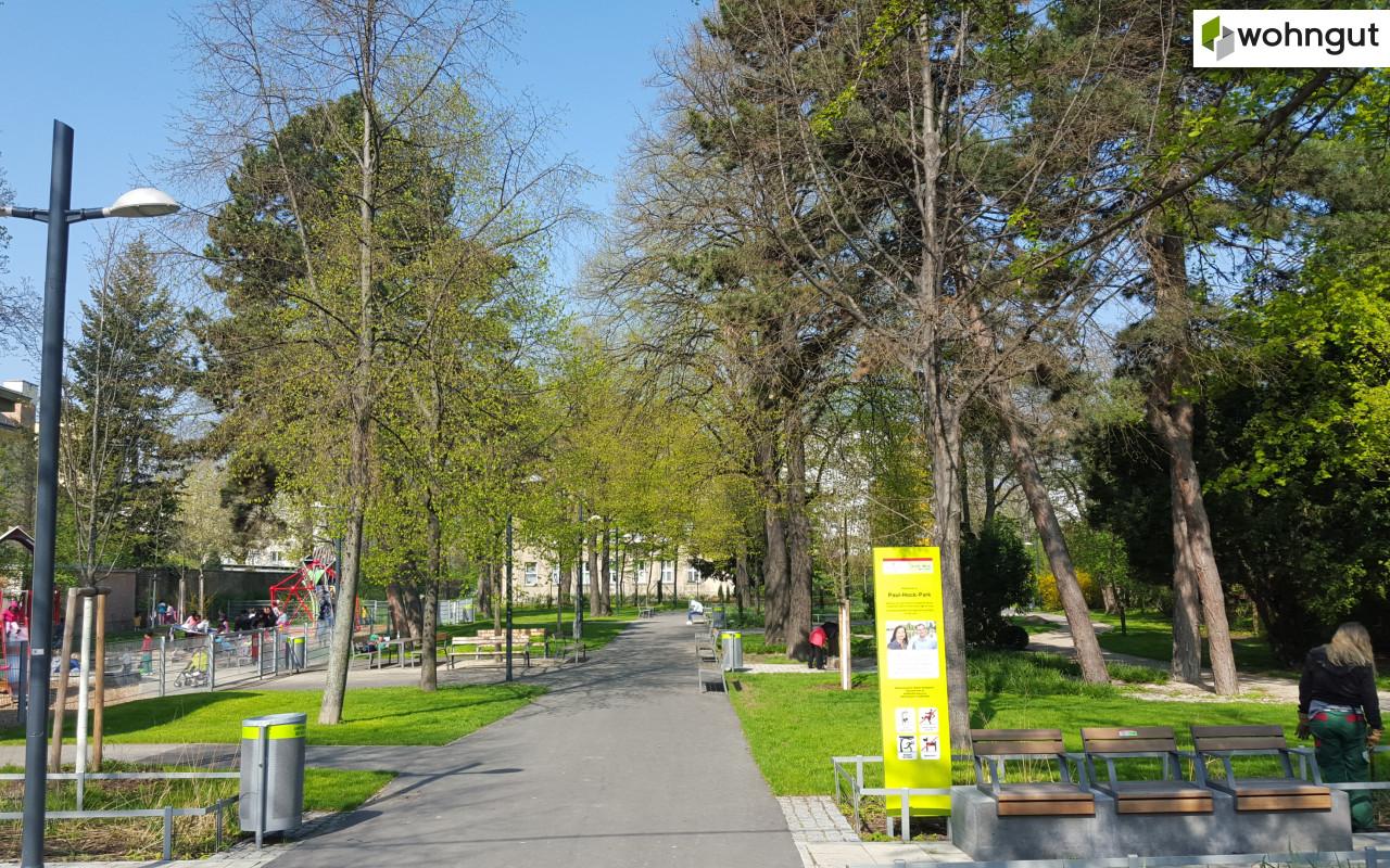 TRIANGEL21_Paul-Hock-Park und Spielplatz
